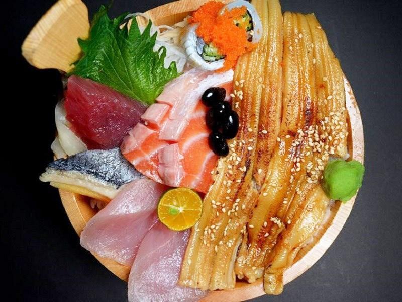 鮮度爆表生魚片超大塊!員林排隊日料餐廳,爆猛海鮮呷免驚